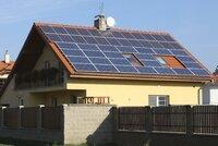 Obyvatelé Čerňáku vyzkouší vlastní »elektrárnu«. Magistrát umístí solární panely na dva domy