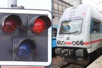 Dvě tragédie na kolejích: Vlak zabil muže na Moravě, dalšího člověka u Příbrami