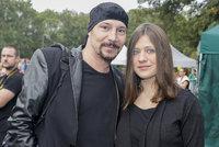 Bohuš Matuš (45) s mazlivkou Lucinkou (15): Miminka jako dárek?!