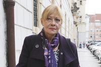 Herečka Jana Šulcová v krutých bolestech: Nemůže se hýbat!