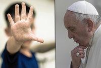 Kněží zneužili v Německu tisíce dětí. Papež svolává biskupy z celého světa, chce řešit pedofily