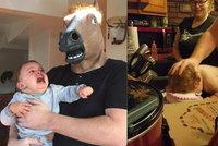 Nejhorší rodič roku: Tyhle záběry vyděsí každou matku i otce