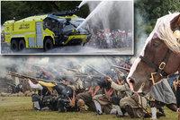 Tipy na víkend: Na Bílé hoře se rozhoří bitva, Lysou oslní krása koní a záchranáři předvedou, co umí