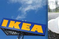 Dost bylo plastu. IKEA, Lidl a kavárny se zbavují brček i kelímků na jedno použití
