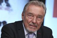Karel Gott se objevil poprvé od hospitalizace na veřejnosti: Pokřtil kalendář Marty Kubišové