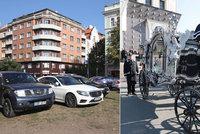Policisté museli zakročit na pohřbu Jana Kočky mladšího (†28)! Rozdávali pokuty za špatné parkování!