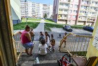 Tisíce lidí z litvínovského sídliště svírá strach. Před zimou mohou přijít o vodu i teplo