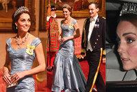 Kate na královské večeři: Korunka po Dianě a nejhorší šaty kariéry!