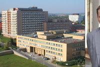 Ředitel nemocnice je pryč: Odvolaný přednosta gynekologie FN Ostrava Šimetka se vrací