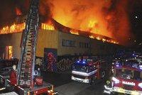 Trampolínové centrum někdo schválně zapálil: Majitel nařkl nájemce! Dlužil prý miliony