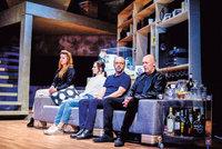 Pohřeb až zítra: Hra ve Švandově divadle možná i o vaší rodině