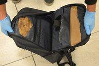 Českého dědečka (76) načapali s dvěma kily kokainu v kufru! Do Prahy přiletěl z Brazílie