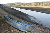 Rybáře (42) pohltila přehrada Hracholusky. Potápěči našli jen převrácenou loď