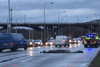 Tragické ráno v Braníku: Ženu srazilo auto, na místě zemřela