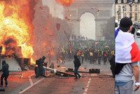 """""""Odstup!"""" Tisíce školáků bouřily proti Macronovi, Francie žlutým vestám vyhoví"""
