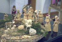 Jak vypadaly Vánoce za první republiky? Dřevěné sáňky rohatky, šneci a placaté vánočky