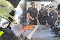 Policisté, hasiči a bachaři si polepší. Na některé čekají i tisíce korun navíc