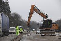 """Peklo na D1 skončí: Na opravovaný úsek """"vtrhne"""" ŘSD, odstraní betonová svodidla"""