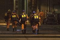 Horník zraněný při výbuchu ve Stonavě zůstává v kritickém stavu. Důl je uzavřen