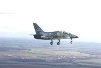 Nový letoun Aera Vodochody poprvé vzlétl. Piloti L39NG si chválili výhled