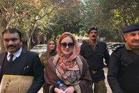 Tereza promluvila z pákistánského vězení! Slova plná slz. K soudu půjde i na Štědrý den