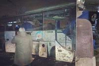 Teroristé útočili v dovolenkovém ráji: Výbuch turistického autobusu v Egyptě nepřežili dva lidé!