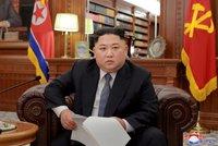 """""""Poručí větru a mrakům,"""" opěvují Kima Číňané. Řečmi o věku ho ale můžou urážet"""