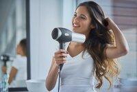 Neničte své vlasy! Nejlepší vlasové produkty, které ochrání vaši korunu krásy před teplem