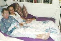 Havlová zveřejnila fotku s Václavem v posteli. Síla snímku bere lidem dech