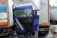 Drama při nehodě u Mohelnice: Batoleti se zastavilo srdce! Resuscitoval ho policista