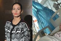 Eva Decastelo skončila na JIP! Život jí zachránil Bořek Slezáček