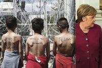 """Selhává dohoda o migrantech s Tureckem a Řeckem. """"Podporujeme tak nelegální migraci,"""" míní Merkelová"""