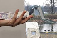 Poškození po pádu Trojské lávky se po roce dočkali. Dostanou odškodnění od pojišťovny
