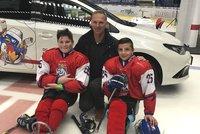 Dojemné příběhy Para hokejistů: Filipovi (13) uřízli nohy, Alexovi (15) vzala nohu rakovina