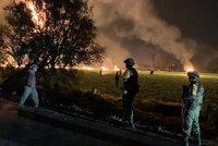 Kradli benzin přímo z potrubí. 66 lidí zemřelo po explozi v Mexiku