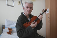13. komnata houslisty Jaroslava Svěceného: Deprese, vážná  nemoc a rozvod!