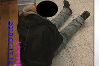 Vypil půl litru rumu a usnul v obchodě. Bezdomovce z Kauflandu odvezla sanitka