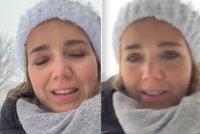 Lucie Vondráčková poslala mrazivý vzkaz: Má oči plné bolesti, všimli si fanoušci