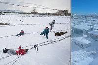 Syrští uprchlíci mrznou v Libanonu a odkládají návrat domů. Bojí se o své bezpečí
