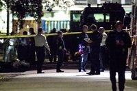 Přestřelka při zátahu na dealery: Pět zraněných policistů, útočníci zemřeli