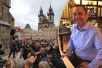 """Být průvodcem v Praze je krása i dřina: """"Práci nám kazí počasí i falešní kolegové,"""" říká Vít Klouček (43)"""