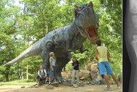 Holčička si v libereckém Dinoparku zlomila ruku. Rodiče zažalovali provozovatele
