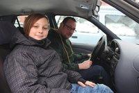 Otec zkolaboval za volantem, auto se řítilo do protisměru! Luboš (13) hrdinně zasáhl