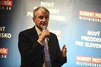 Jeden z favoritů prezidentských voleb na Slovensku končí. Podpoří Kiskovu naději