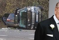Princ Philip (97) se vzdal řidičského průkazu, nedávno způsobil dopravní nehodu