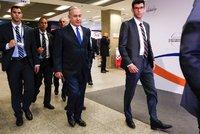 Letoun premiéra měl poruchu. A Netanjahu slovy o Polácích a holokaustu ohrozil summit V4