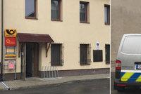 Muž přepadl poštu na Mladoboleslavsku: Druhý útok za tři dny? lámou si hlavu policisté