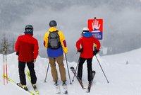 Turistu zabila lavina v Rakousku. Ve Švýcarsku pátrají po čtyřech lidech