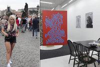"""Turisté se """"porvali"""" o neobvyklé ubytování v Praze: Na měsíc se mohou ubytovat v Galerii NoD v Dlouhé"""