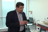Kolonoskopie nemusí být peklo na zemi: Pomůže rajský plyn i chytrá kapsle s kamerkou